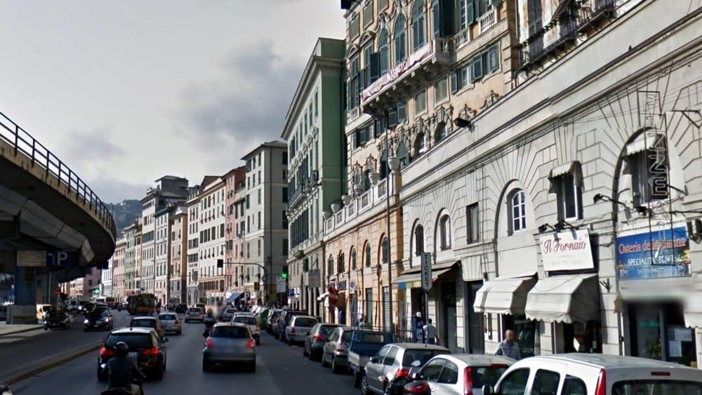 In Hotel Senza Documenti Denunciati Stranieri Irregolari A Genova