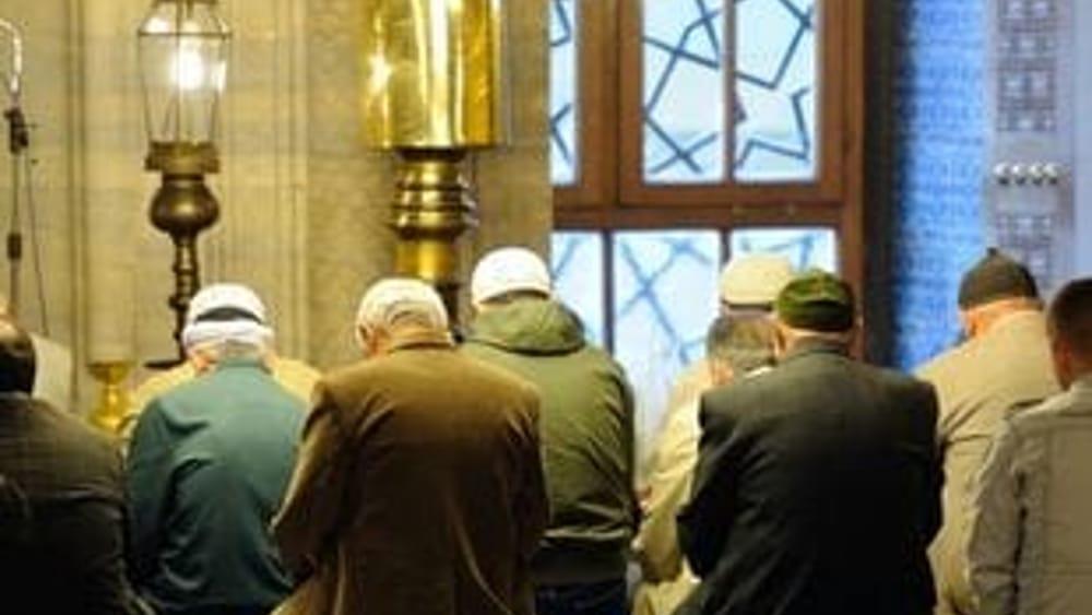 Terrorismo imam di sampierdarena senza permesso soggiorno for Regolarizzare badante senza permesso di soggiorno