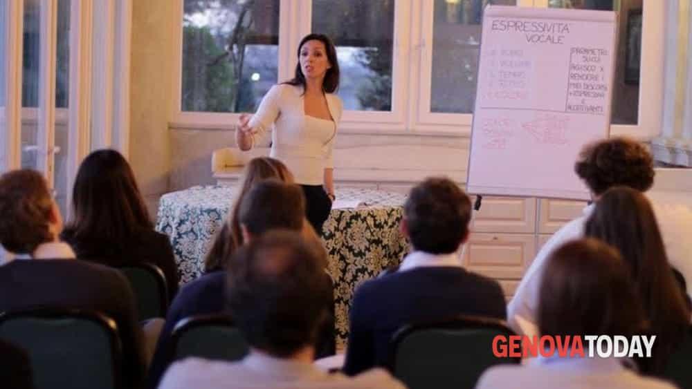 Corso gratuito vivi la voce alla scuola di recitazione e for Scuola di comunicazione
